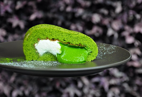 simple kaffa matcha swiss roll 2