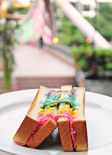 rainbow cheese toast epicurius cafe 11