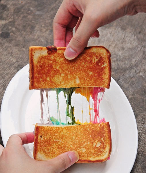 rainbow cheese toast epicurius cafe 5