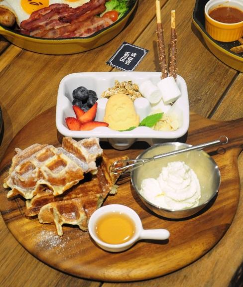 gudetama-cafe-singapore-20
